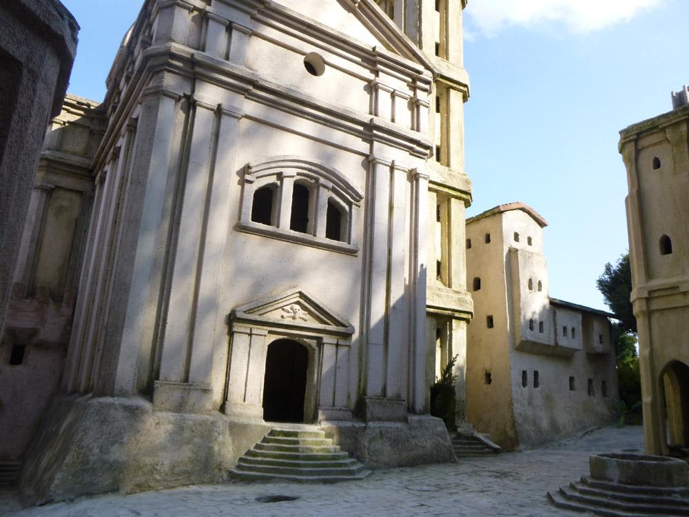 Bild 9. Die Fassade