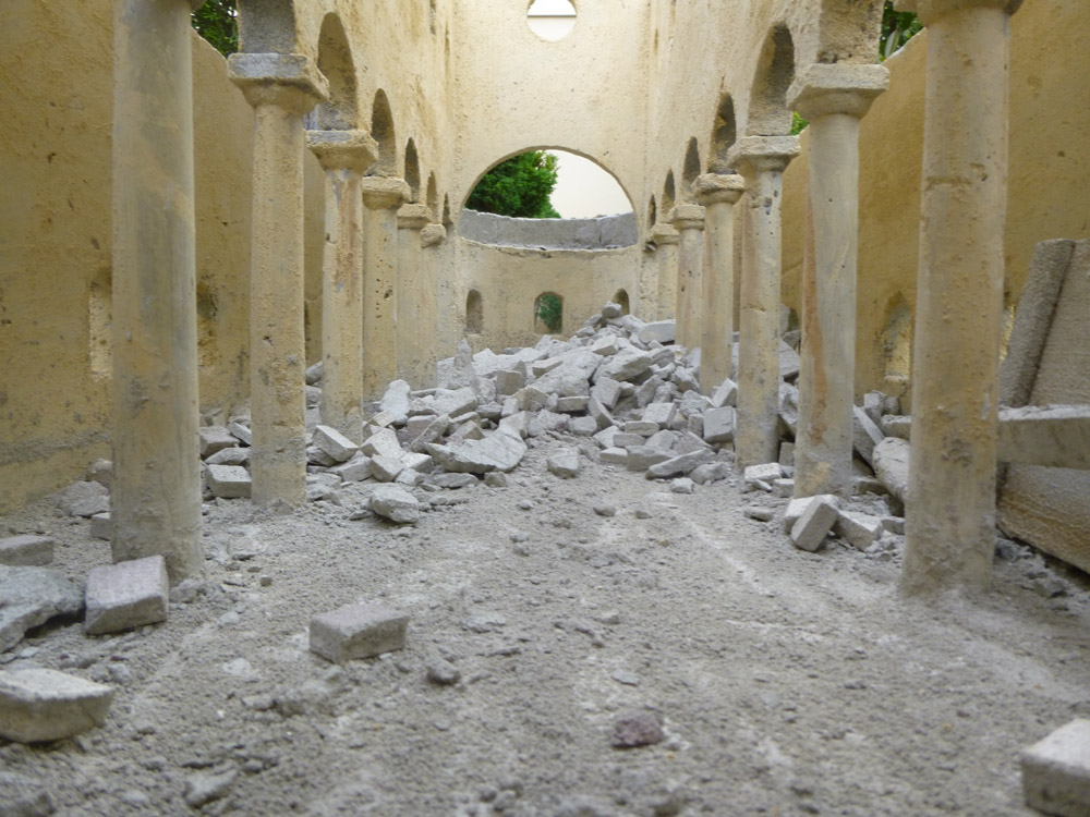Figure 7. The floor of the basilica before and after the destruction