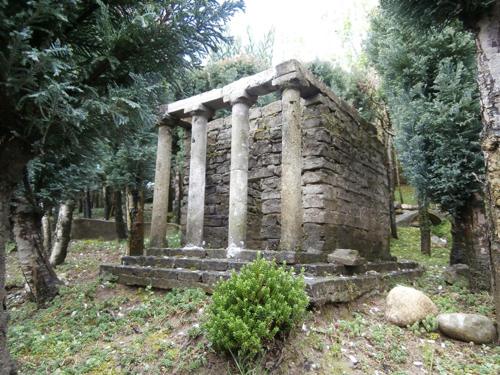Figura 7. Il piccolo tempio prostilo