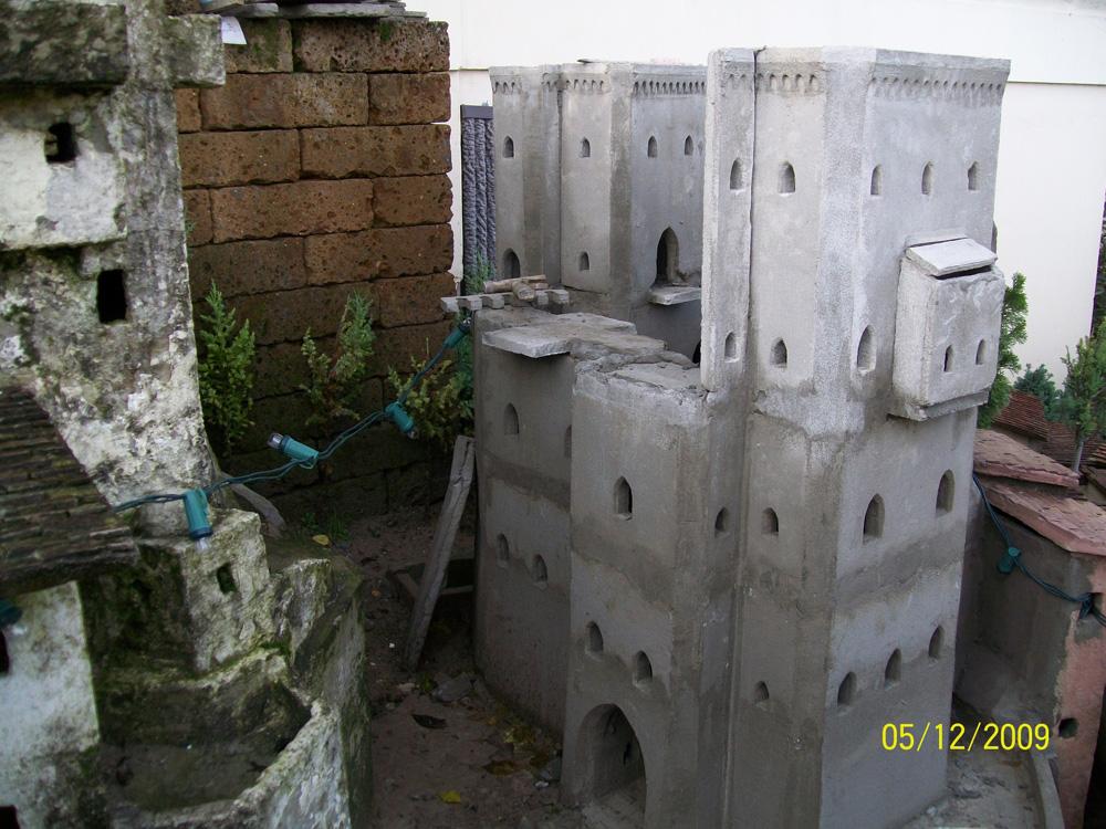 Figura 19. Il castello nuovo durante la costruzione