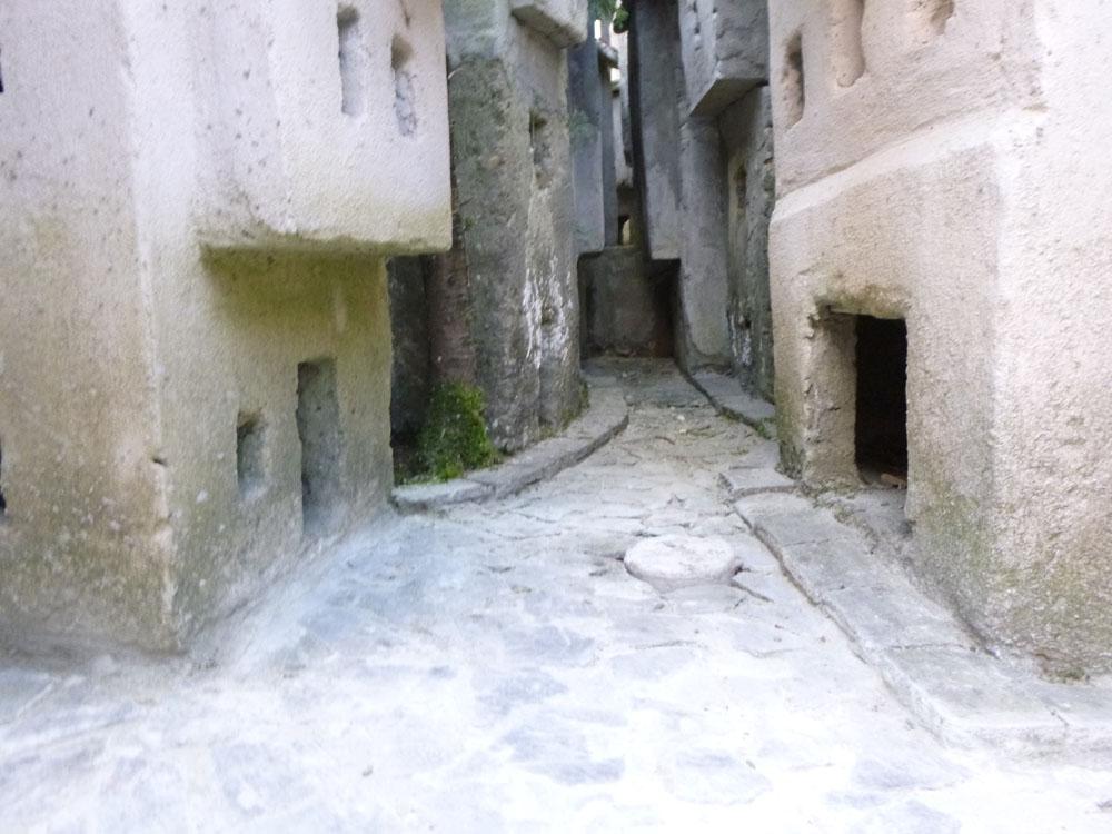 Figura 1. Scorci delle vie e vicoli della città vecchia