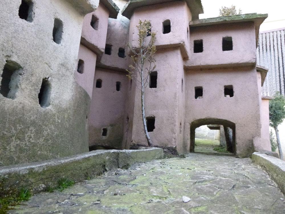 Figura 3. Scorci delle vie e vicoli della città vecchia