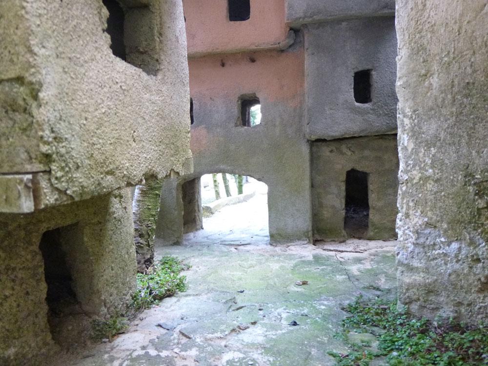 Figura 4. Scorci delle vie e vicoli della città vecchia